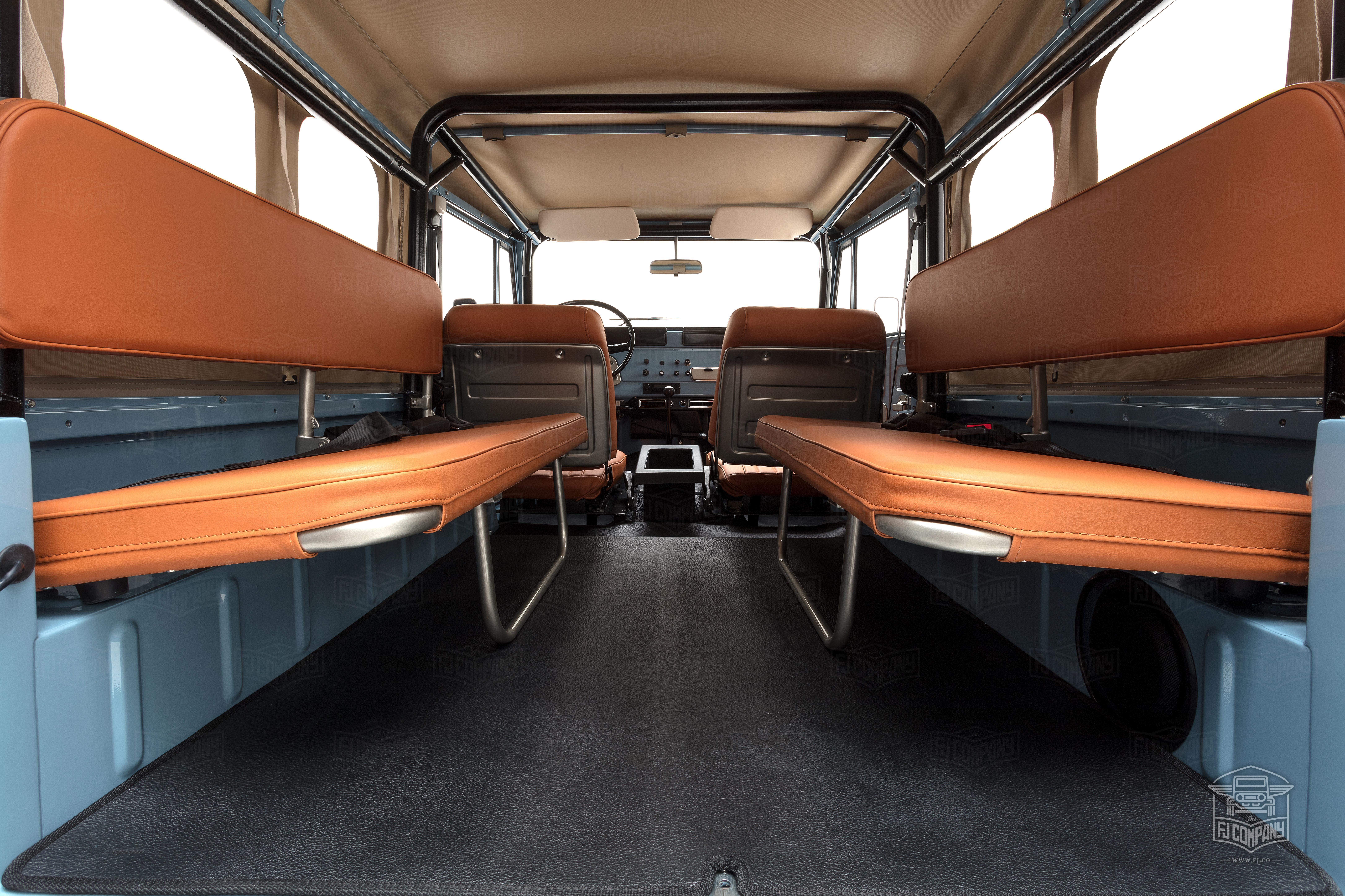 image_594dccbc1ba3c_The-FJ-Company-1973-FJ43-Land-Cruiser---Capri-Blue-325992---Studio_027
