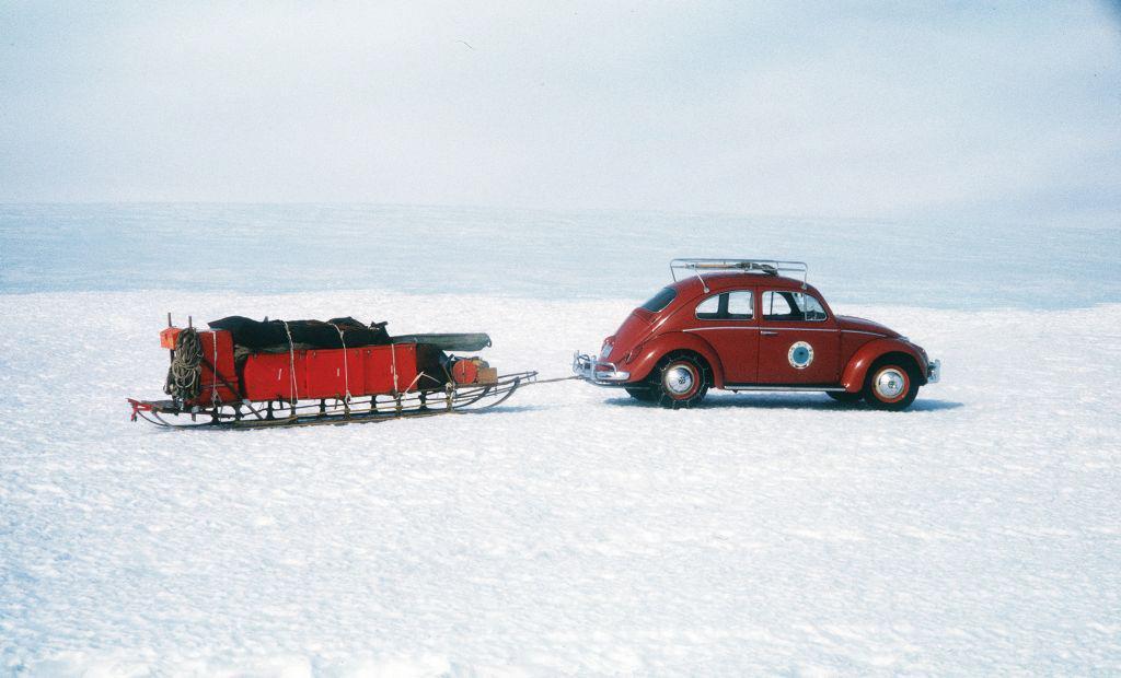 polar-bug-when-the-volkswagen-beetle-conquered-antarctica-1476934542575